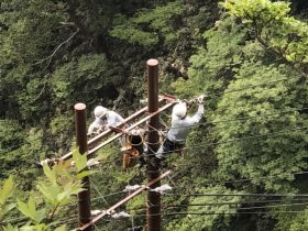 配電線工事作業風景